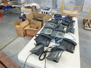 Pallet of Approx. 200 Cisco Telephones &