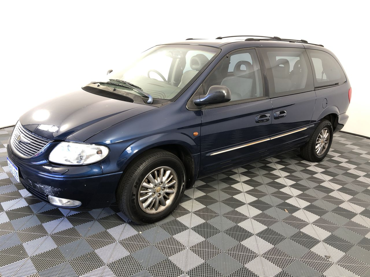 2002 Chrysler Grand Voyager Limited RG Automatic 7 Seats People Mover