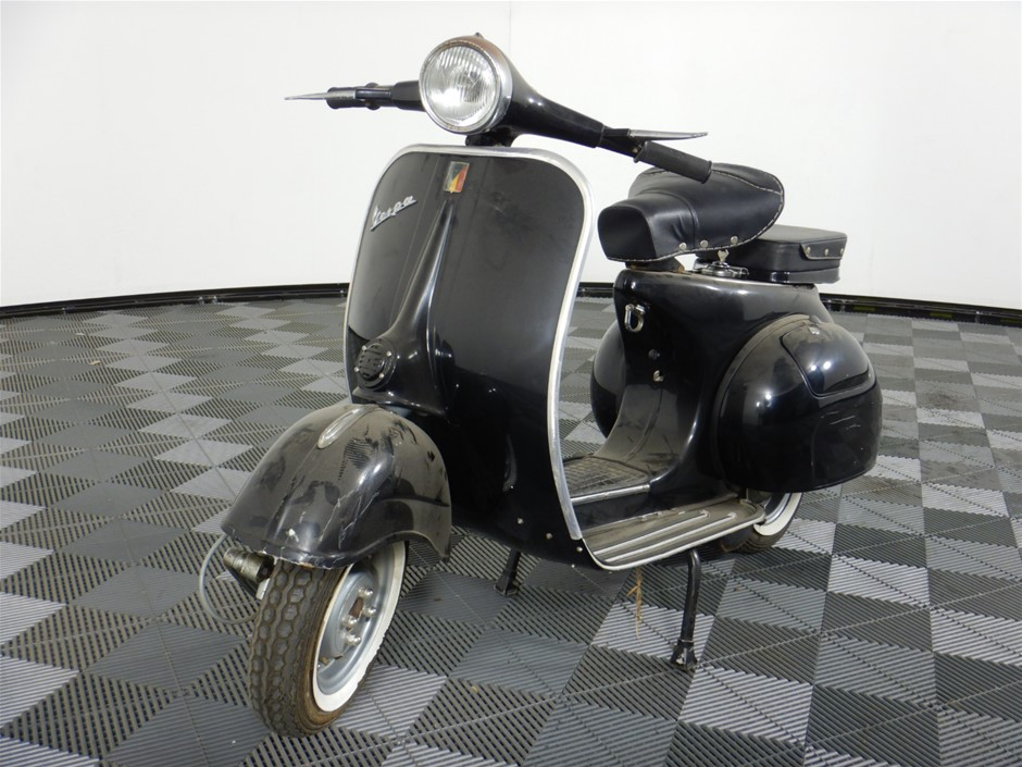 1974 Vespa Scooter 2 seater Scooter