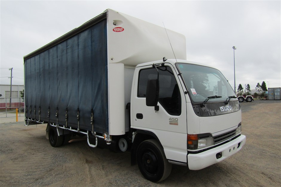 2005 Isuzu NQR450 (Ex Fleet) Curtainsider Rigid Truck
