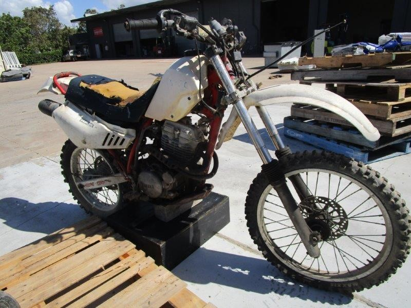 1987 Yamaha TT350 1 Seater Off Road Motorcycle