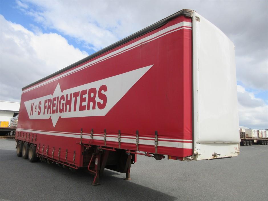1999 Freighter 41' Tri Axle Drop Deck Tautliner Trailer