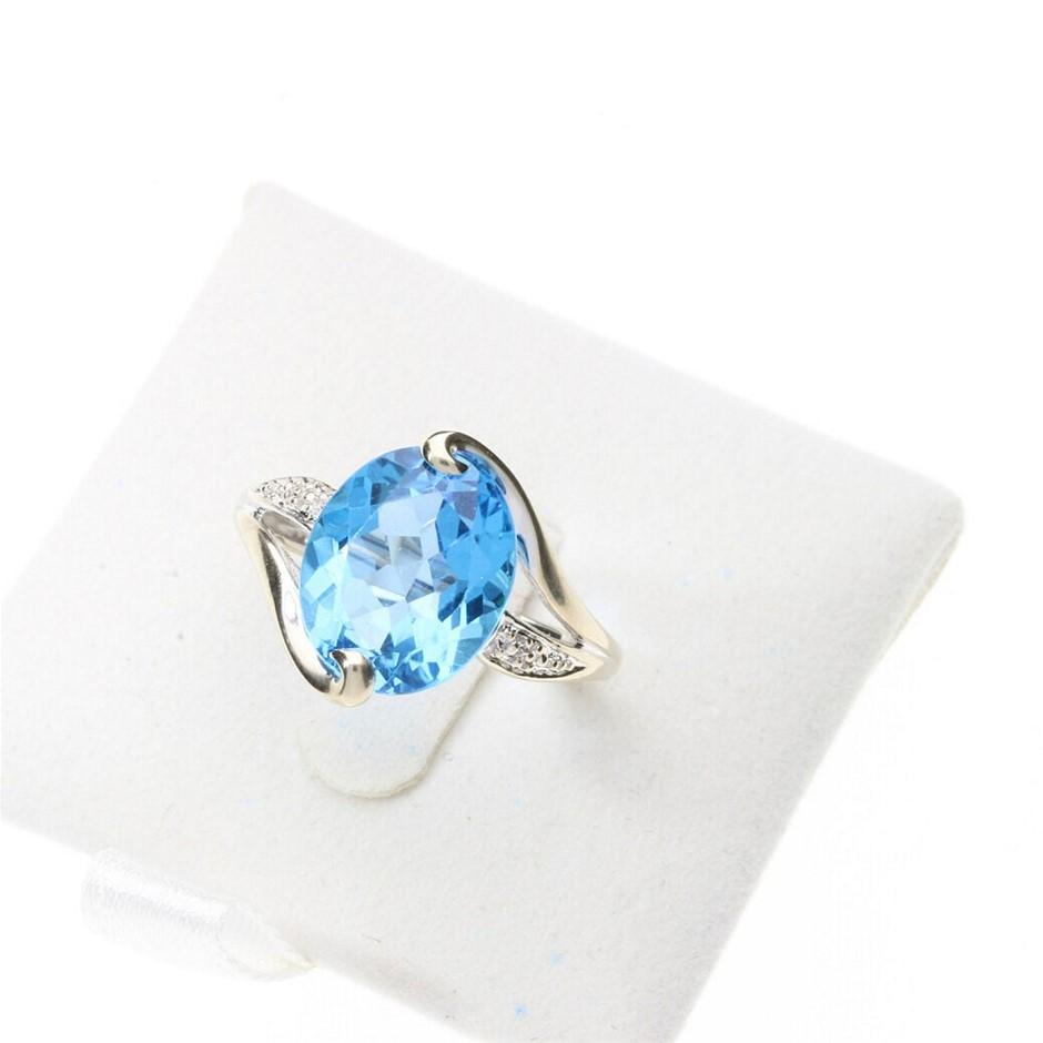 14ct White Gold, 5.10ct Blue Topaz Ring