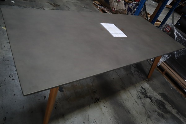 Power Concrete Dining Table