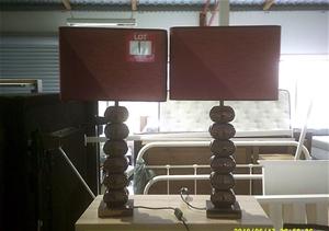 2 unit of Burgundy Lamps. Bronze Mettali