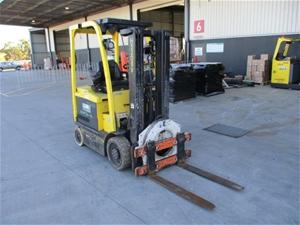 Hyster E55XN-33 Counterbalance Forklift