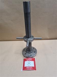 Wilson Mechanical Threaded Stand