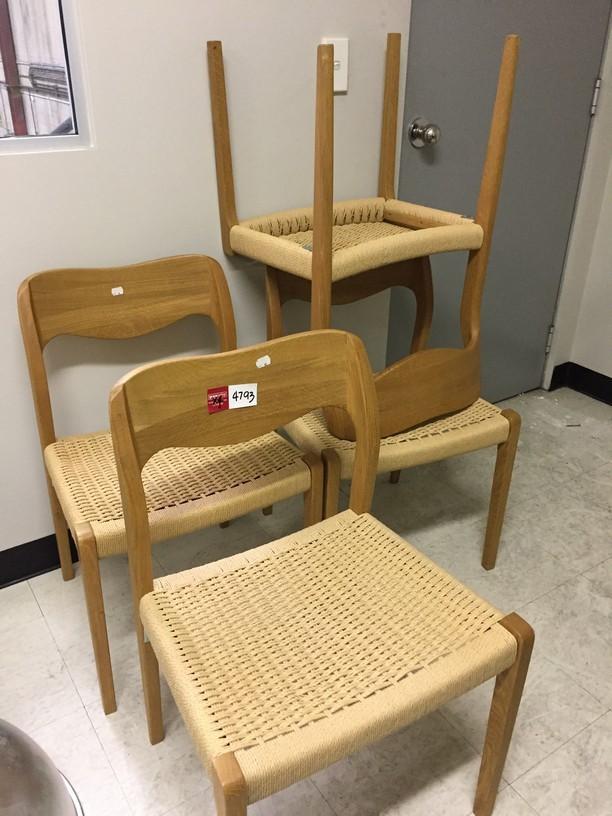 4x Woven Dining Chairs in Natural Oak Finish Material: Timber w