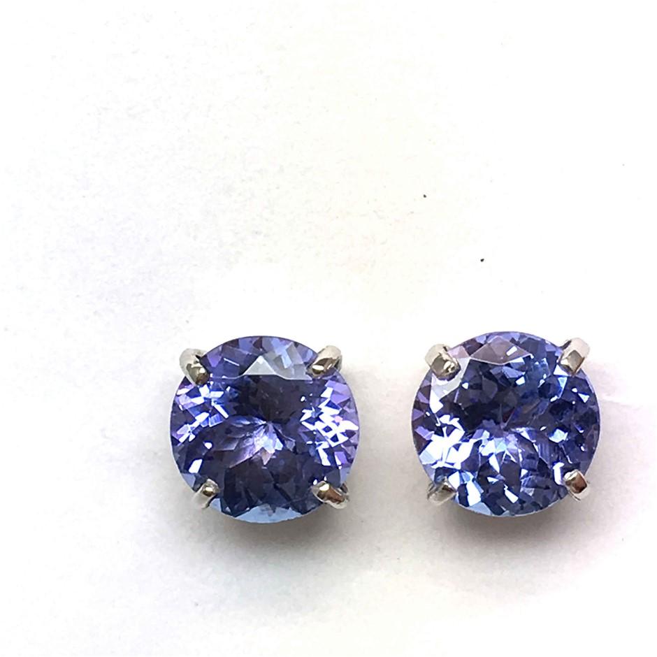18ct White Gold, 3.00ct Tanzanite Earring