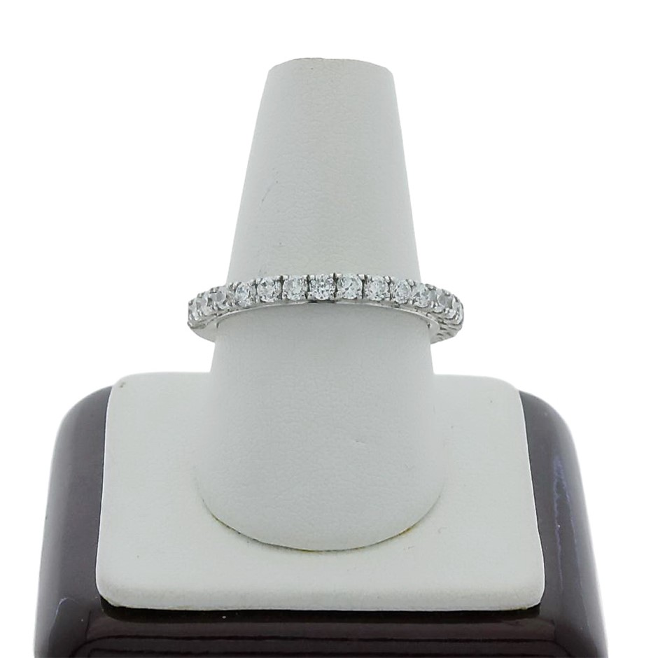 0.60 Carat sterling silver matching band