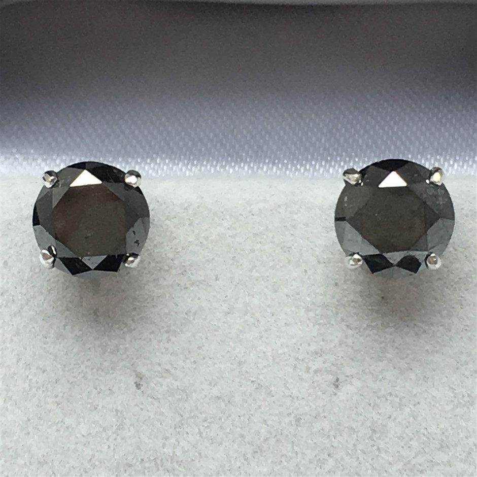 18ct White Gold, 4.18ct Diamond Earring