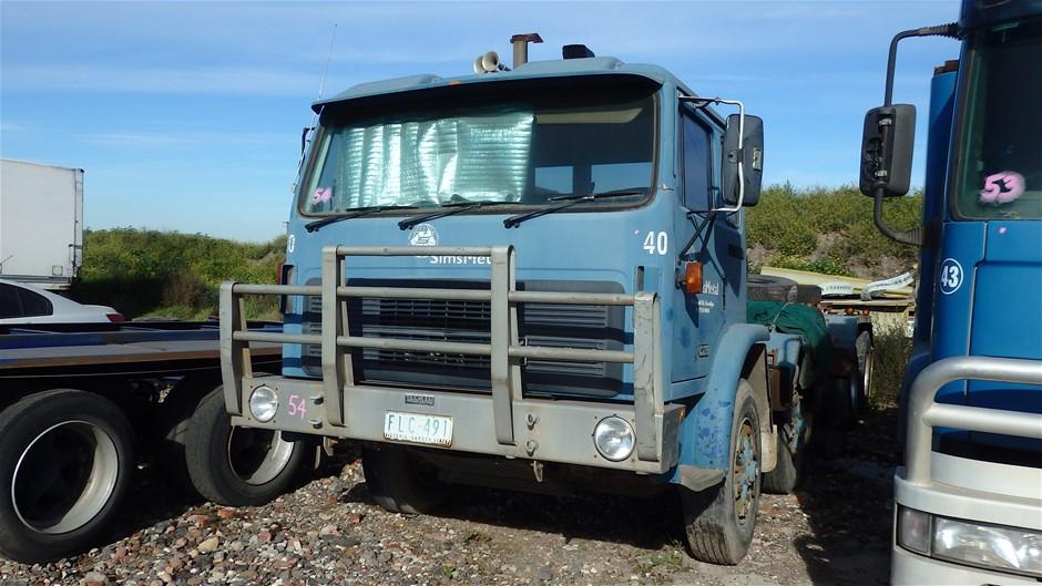 1994 International ACCO 2350 E 8 x 4 Hooklift Truck