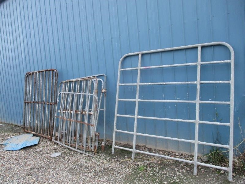 8 x Assorted Trailer Gates & 1 x Hurdle
