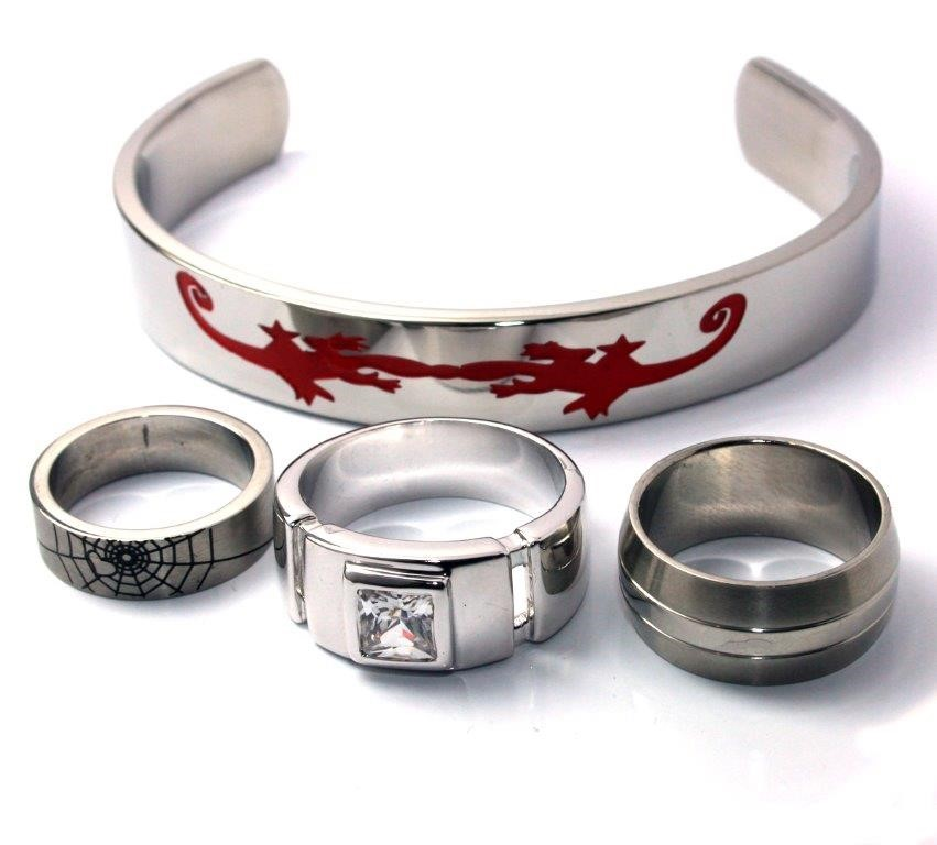 Set of 3 mens fashion rings & stainless steel cuff