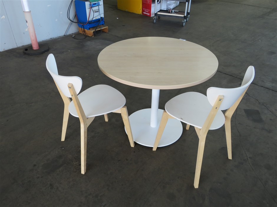 2x Meeting / Lunchroom Tables, with 4x Chairs