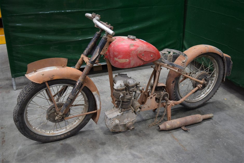 (Dismantled) C1947 Panther 75 Motor Bike