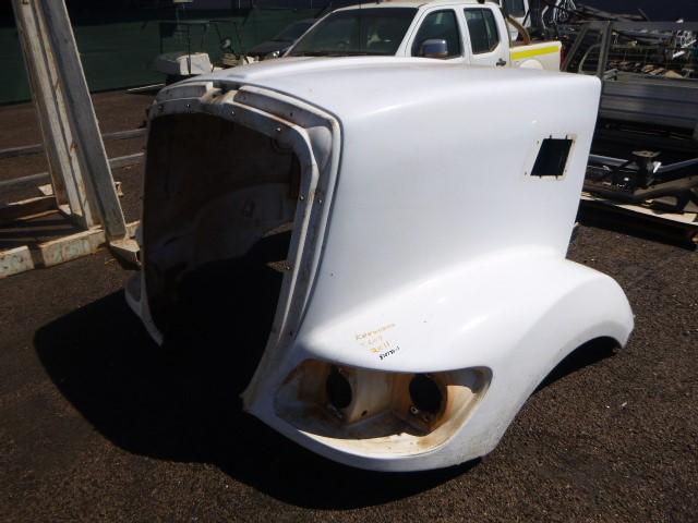 2011 Kenworth T609 Truck Bonnet