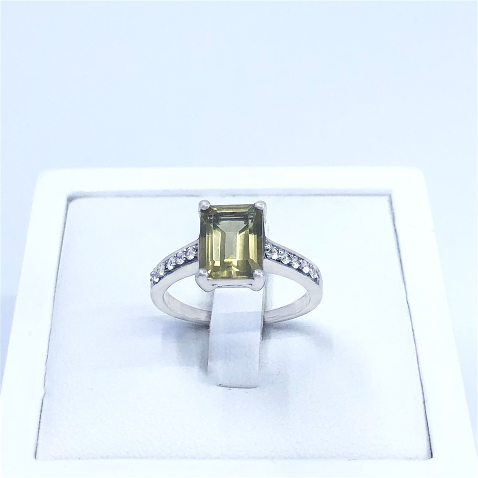 Elegant 925 Sterling Silver 2.39ct Lemon & White Topaz Ring