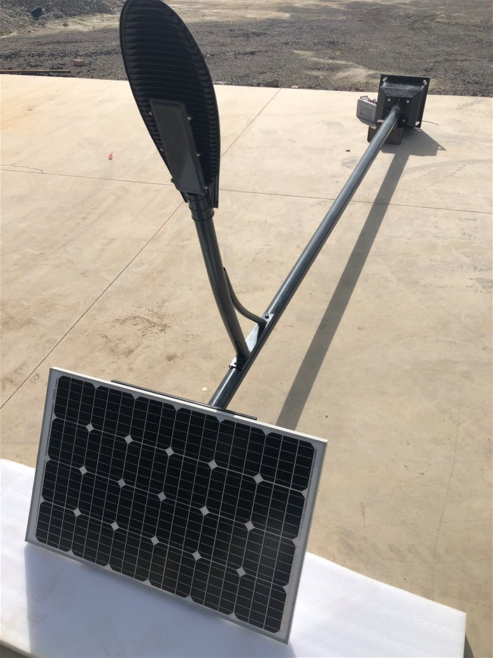 Unused 2020 Solar Street Light
