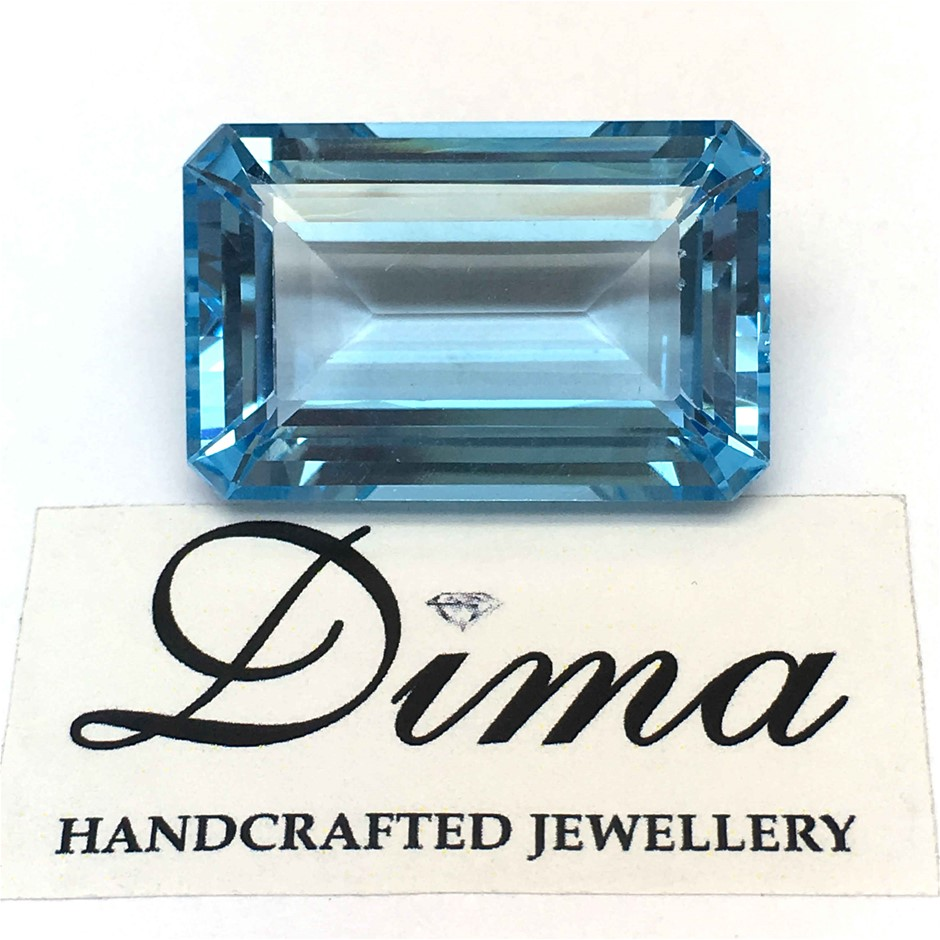 One Loose Blue Topaz, 47.67ct in Total