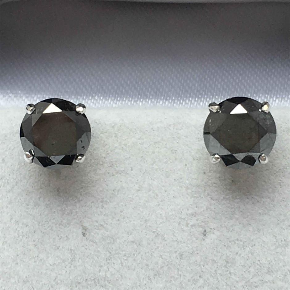 18ct White Gold, 6.28ct Diamond Earring