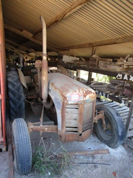 Massey Ferguson TE20 Tractor (Grey)