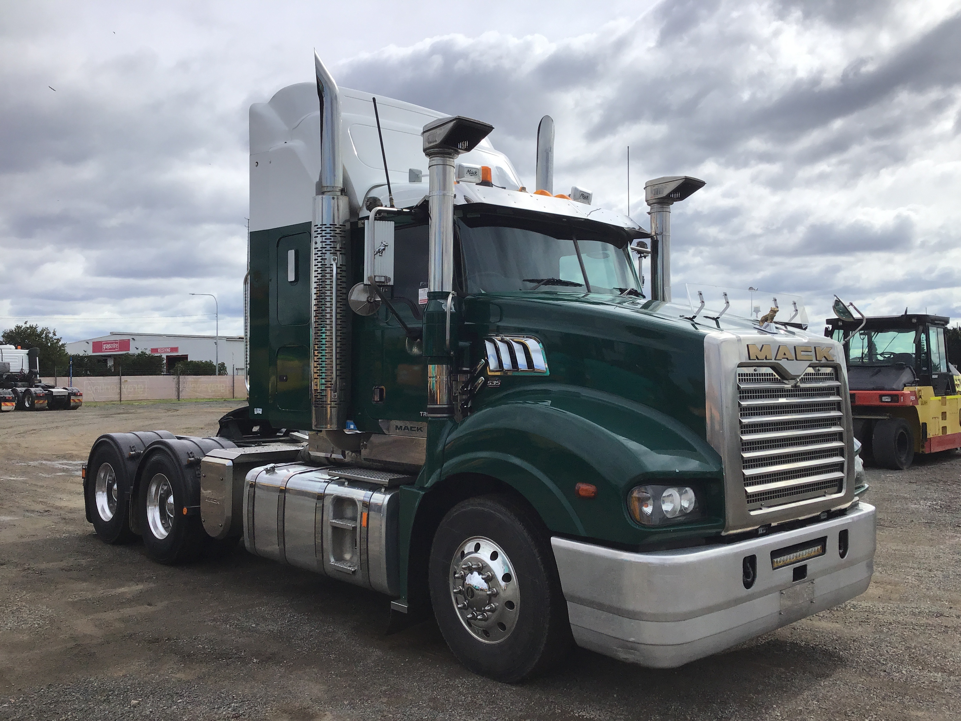 2016 Mack Trident 6 x 4 Prime Mover Truck