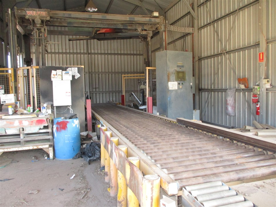 Wulftec WCRT-200 Pallet Wrapper