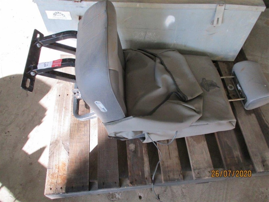 Seat with Brackets