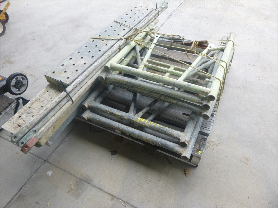 Pallet Containing Mini Scaffold