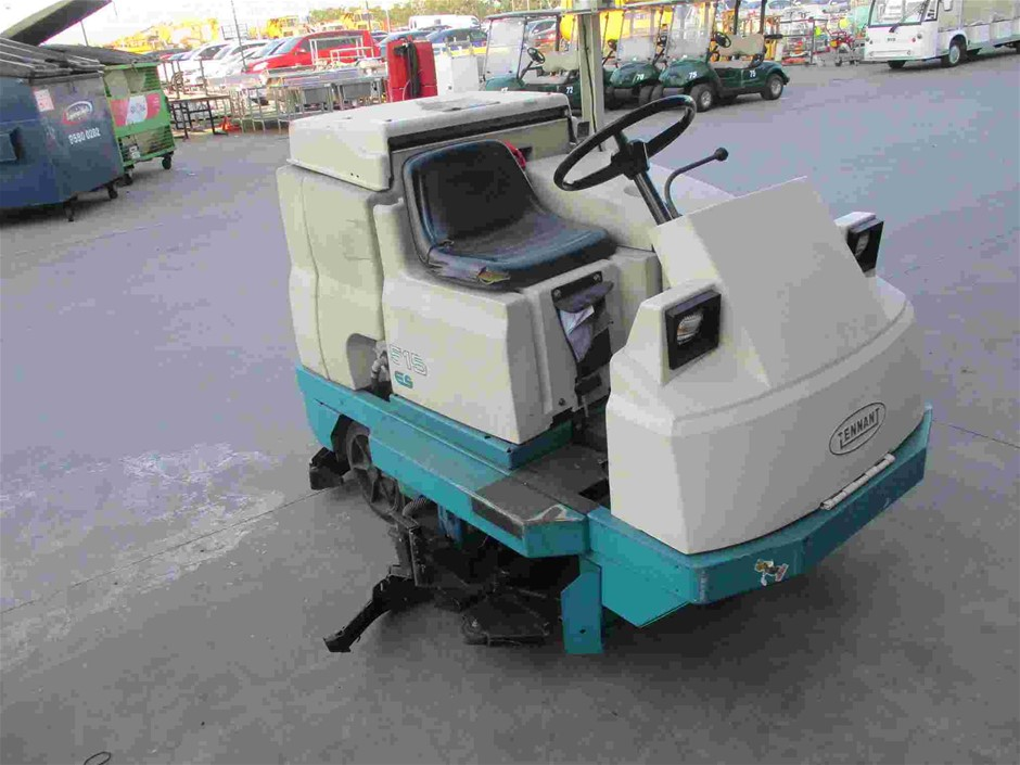 2001 Tennant 515 ES Electric Ride On Floor Sweeper