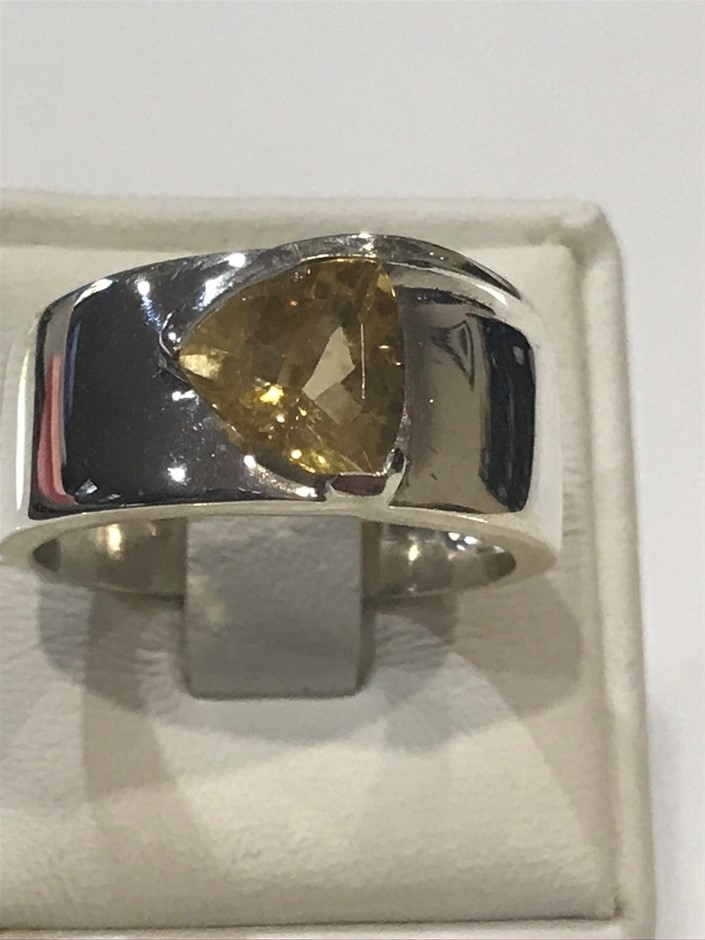 Stunning Wide Banded 3.00ct Citrine Ring Size P 1/2 (8)