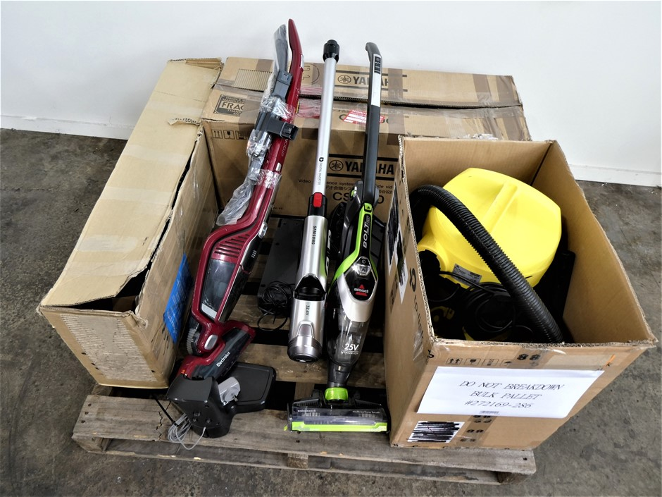 PALLET CONTAINING ASSORTED USED & UNTESTED VACUUM CLEANERS
