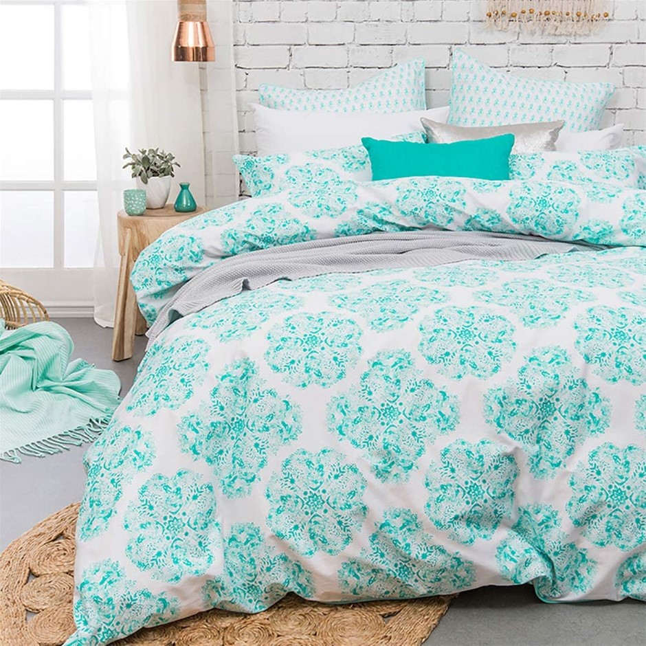 BAMBURY Ashleigh Quilt Cover Set, King. 245x210 cm. 100% Cotton Sateen. Buy