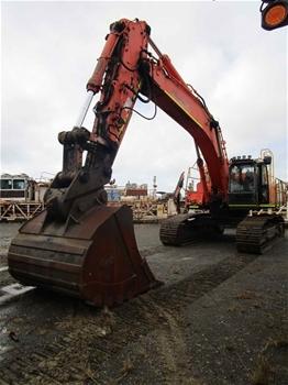 2010 Hitachi ZX470LCH-3 Hydraulic Excavator with Bucket