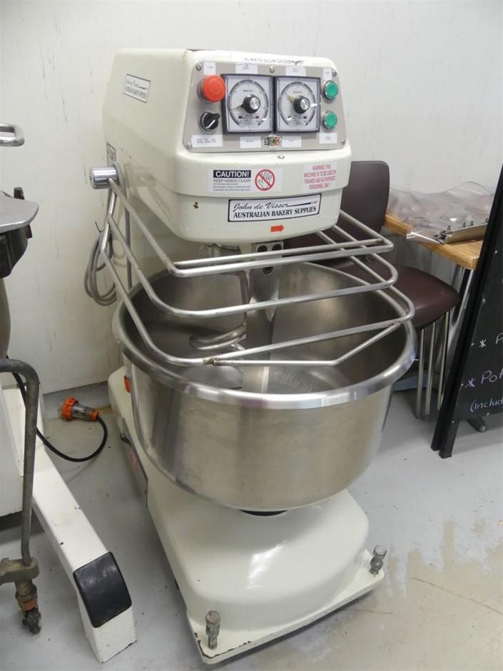 1994 Tung pan TP-2011 Dough mixer