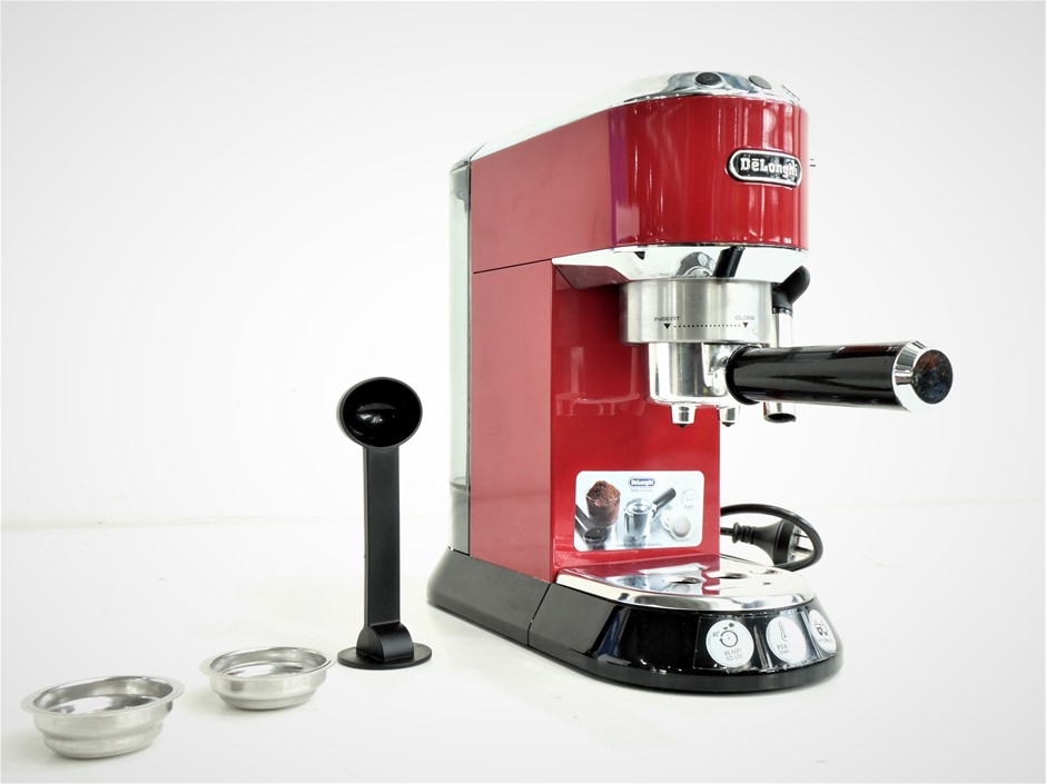 Delonghi EC680.R Dedica Espresso Coffee Machine, Red
