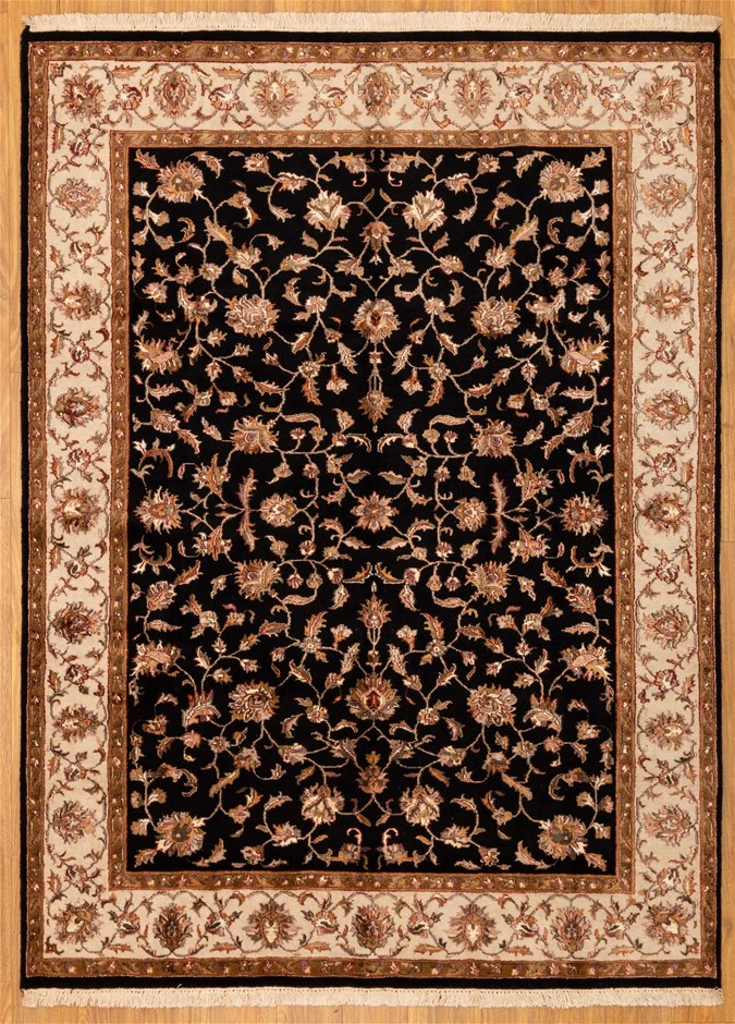 Handwoven Wool and Silk Very Fine Indian Kashan Rug - Size 241cm x 186cm