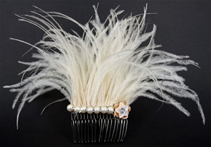 3 x FASCINATOR CREAM FEATHERS WITH IMITA