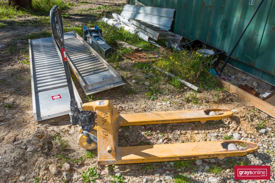 Yellow Hydraulic Pallet Jack