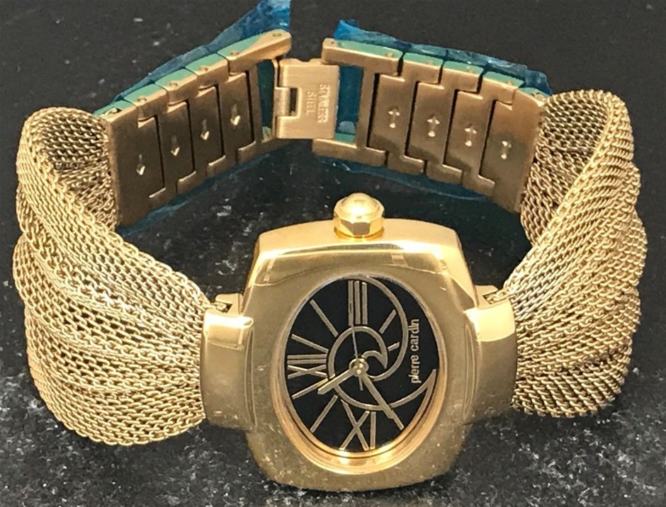 Ladies unworn made in Switzerland Pierre Cardin France Couture watch