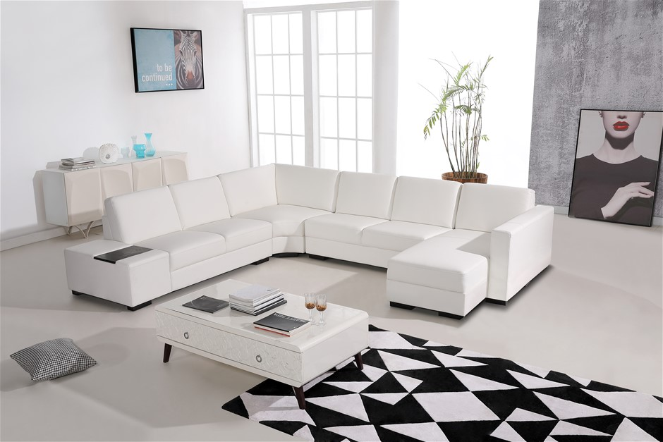 Modern Sectional Sofa Upholstered in Premium Bonded Leather