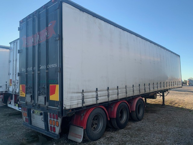 6/1996 Southern Cross Refrigerated 45ft Taughtliner Trailer