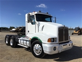 Unreserved 2000 Kenworth T401 C12 CAT Prime Mover Truck