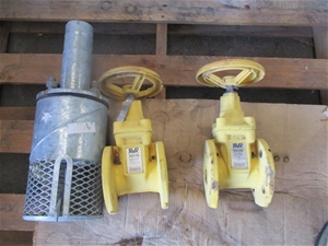Qty 3 x AVR & Unknown Water Pump Compone