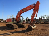 Excavator, Trucks, LV's, Forks, Containers & General Equip