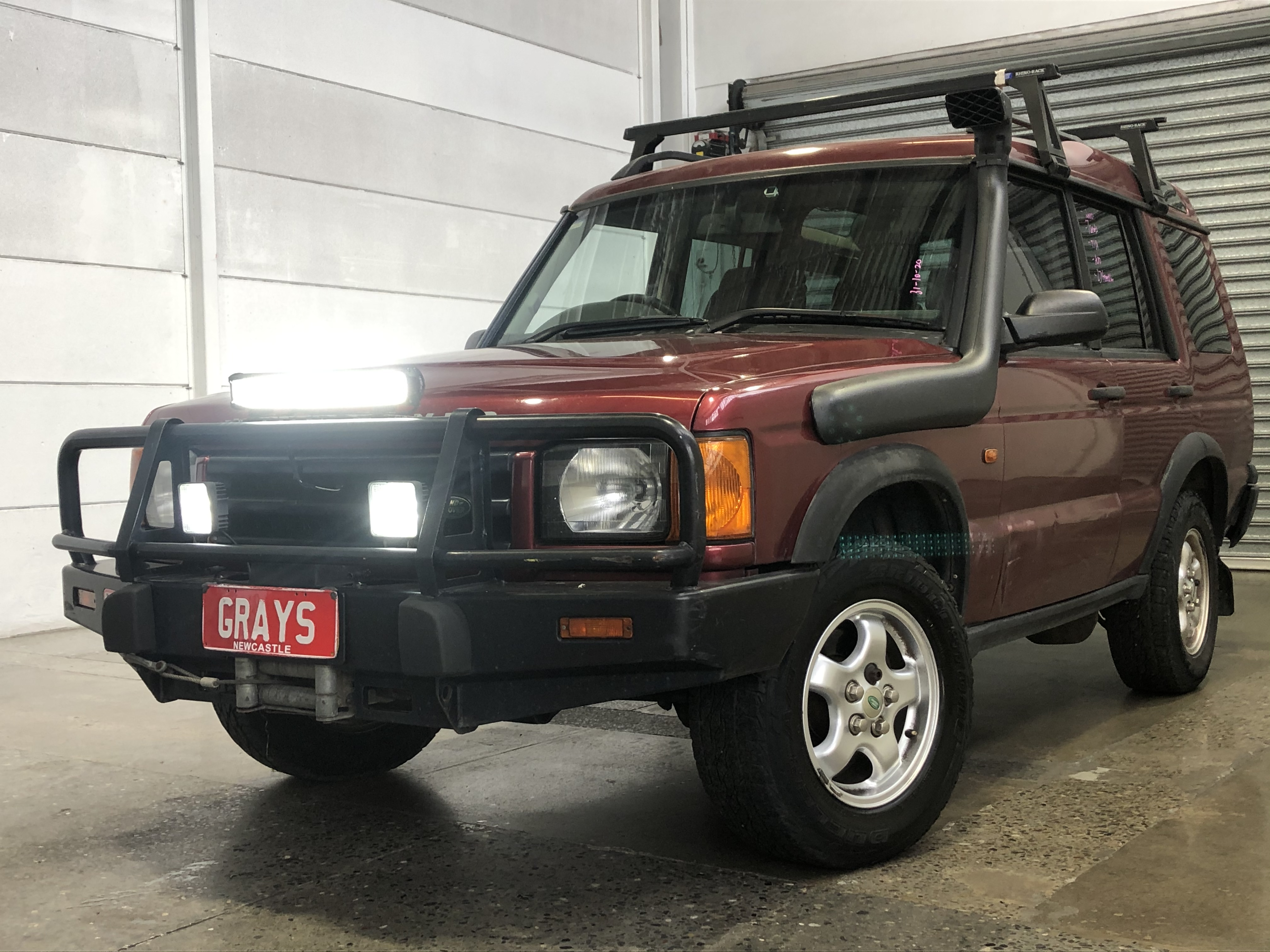 2000 Land Rover Discovery Td5 (4x4) Turbo Diesel Automatic 7 Seats Wagon