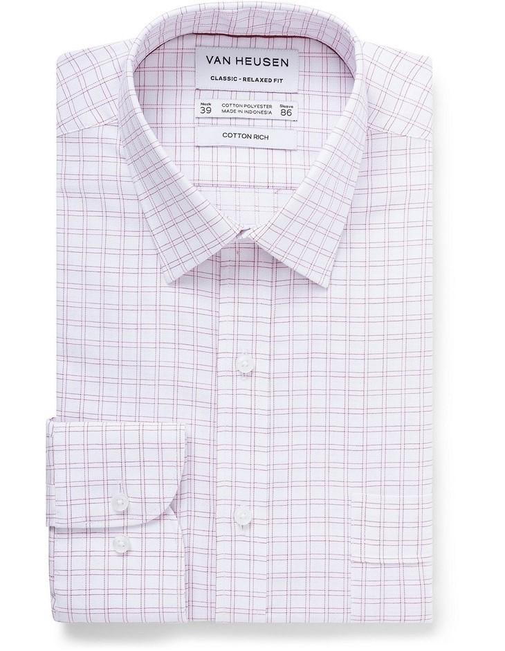 VAN HEUSEN White Ground Oxblood Check Shirt. Size 48. Cotton Blend. Buyers