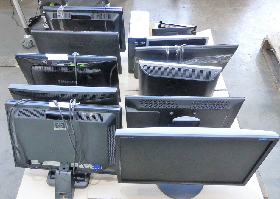 Pallet of 12 assorted brands and models of monitors