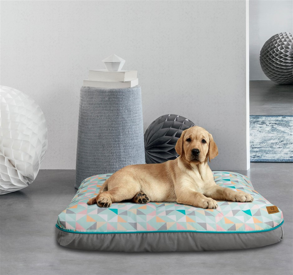 Charlie's Rectangular Funk Pet Bed Pad- Green Triangle Small